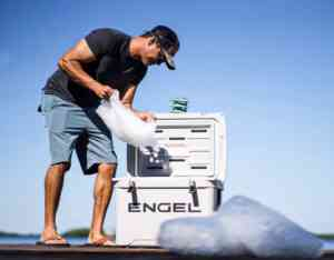 Engel cooler ice retention