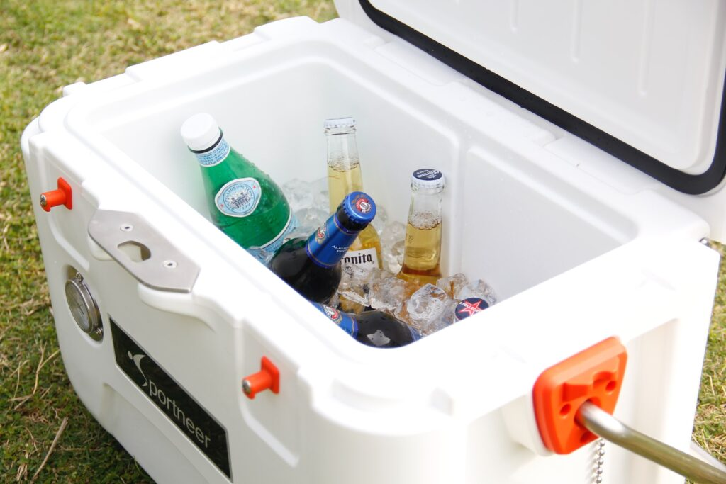 how long does ice last in a cooler